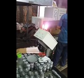 操作截齿焊接设备方法