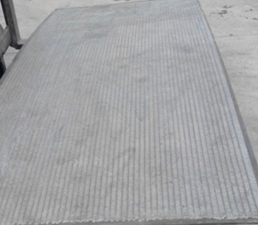 自动化耐磨板合金颗粒焊接工艺